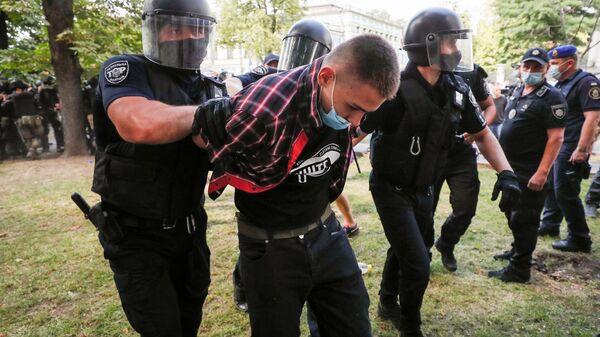 Украинская полиция задерживает участников ЛГБТ-рейва в Киеве - Sputnik Polska