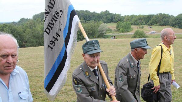 Ветераны 20-й гренадерской дивизии СС на встрече бывших эстонских легионеров на высотах Синимяэ - Sputnik Polska