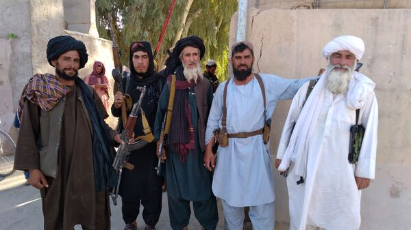 Боевики Талибана* в городе Фарах, Афганистан - Sputnik Polska