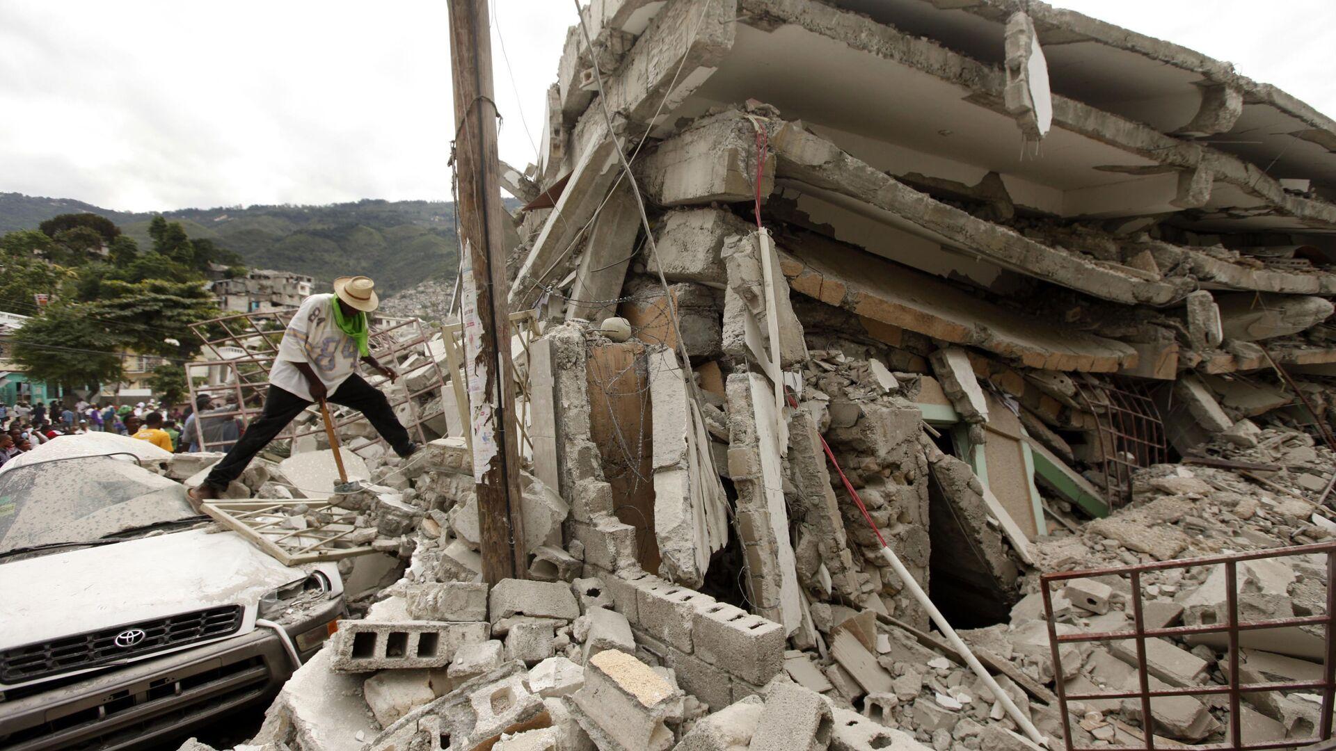 Haiti po trzęsieniu ziemi w 2010 roku - Sputnik Polska, 1920, 14.08.2021