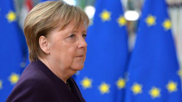 Федеральный канцлер ФРГ Ангела Меркель на саммите ЕС в Брюсселе - Sputnik Polska
