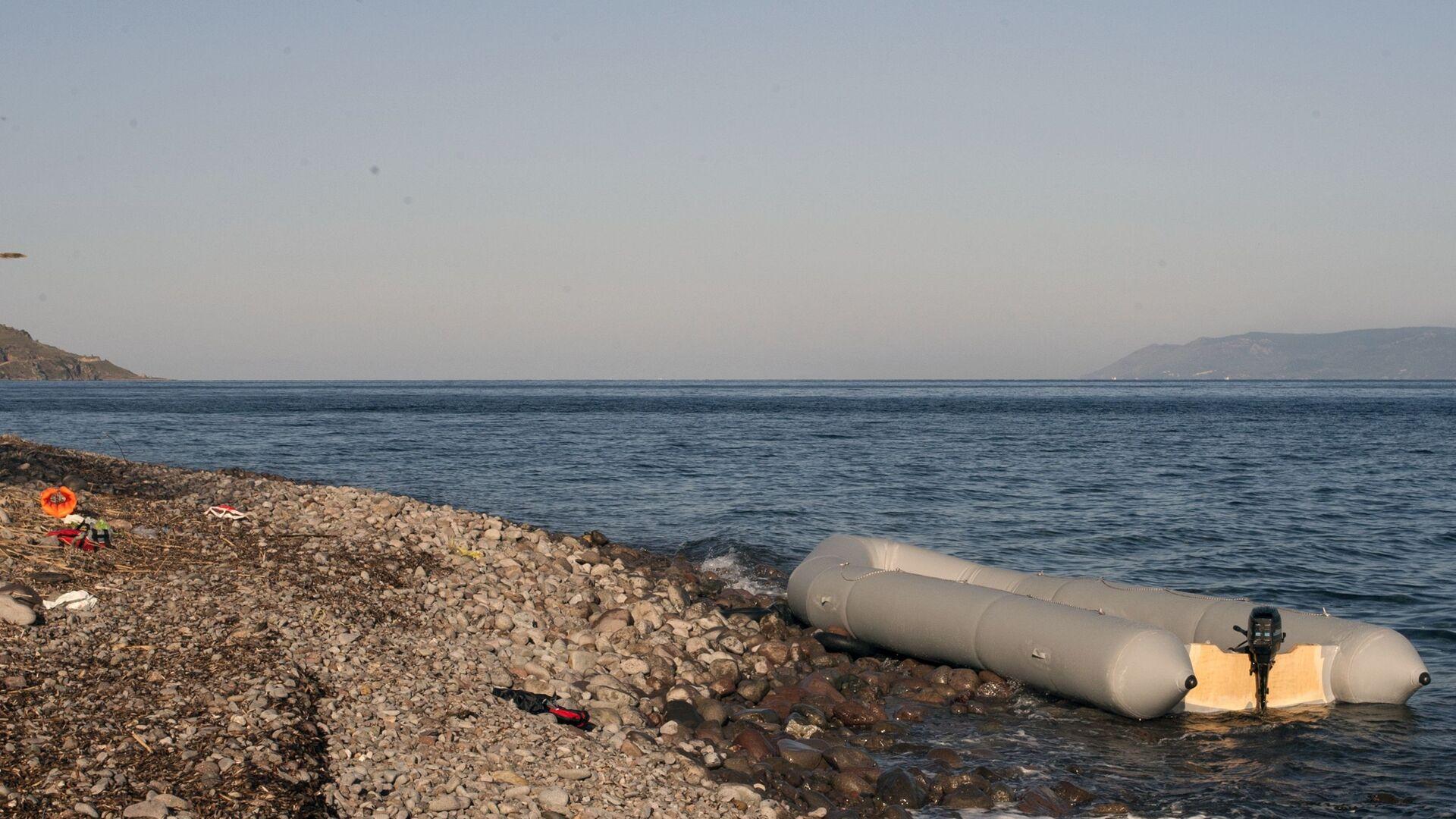 U brzegu wyspy Lesbos - Sputnik Polska, 1920, 17.08.2021