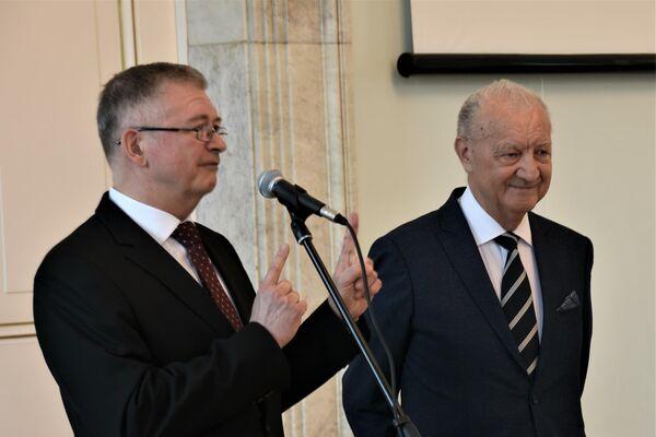 Siergiej Adriejew i doktor Jerzy Smoliński - Sputnik Polska