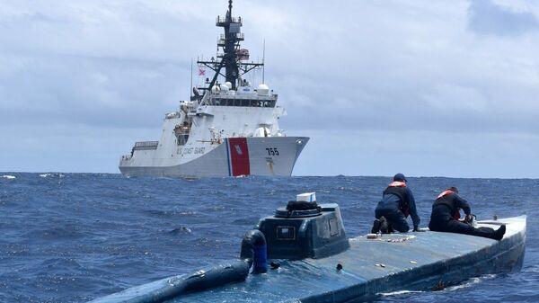 Катер USCGC Munro (WMSL-755) класса Legend береговой охраны США - Sputnik Polska