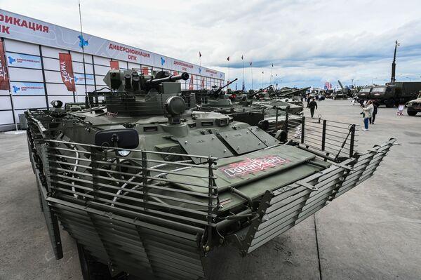Transporter opancerzony BTR-82A. - Sputnik Polska