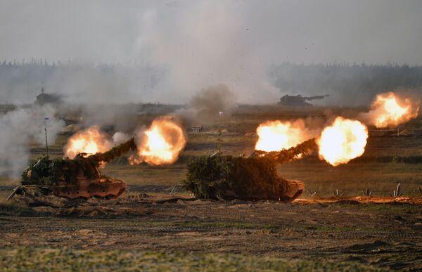 Ćwiczenia strategiczne Sił Zbrojnych Rosji i Białorusi odbywają się co dwa lata. Zapad-2021 to ostatni etap wspólnych przygotowań w tym roku. - Sputnik Polska