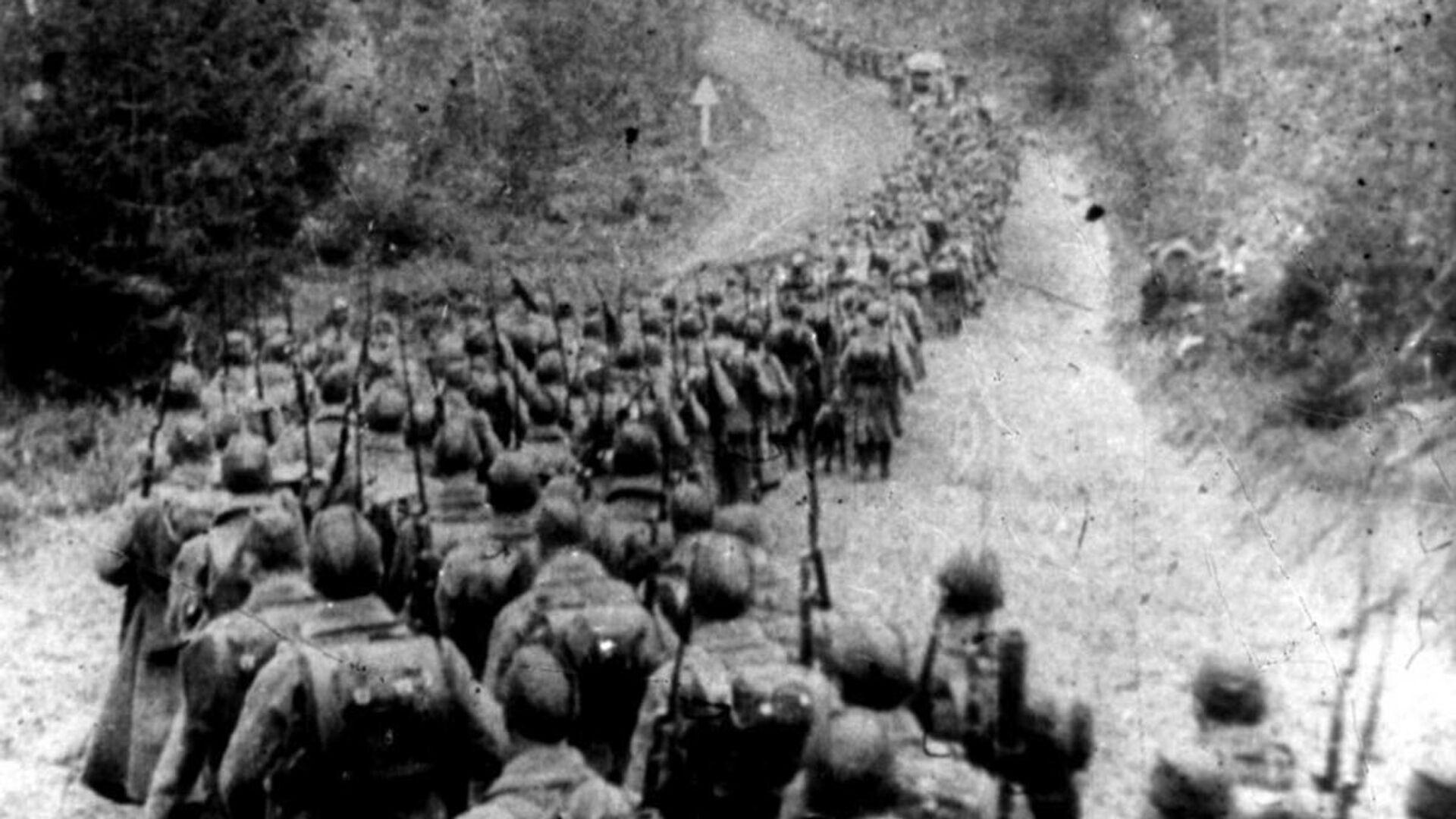 Radzieckie wojska przekraczają granicę Polski, 1939 rok - Sputnik Polska, 1920, 14.09.2021