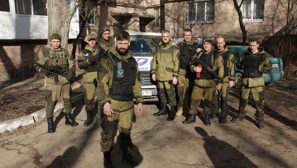 """Batalion """"Anioł"""" w Donbasie. W środku Aleksej Smirnow - Sputnik Polska"""