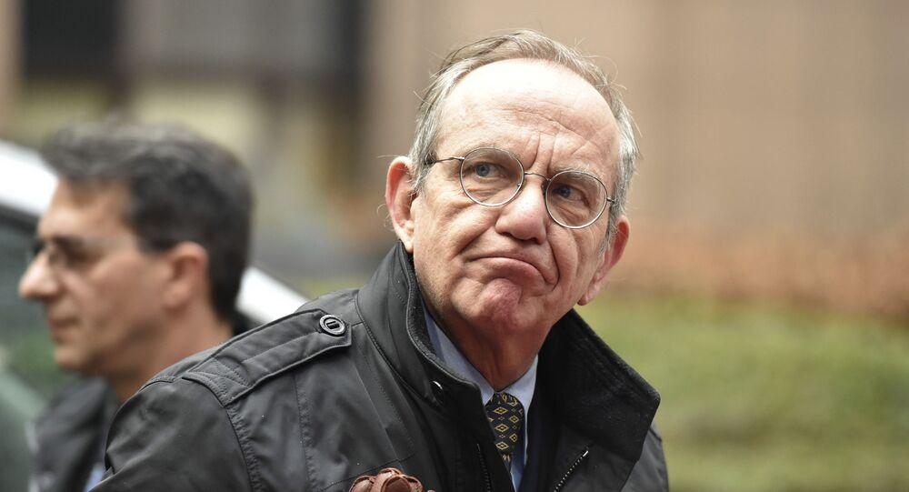 Minister gospodarki i finansów Włoch Pier Carlo Padoan
