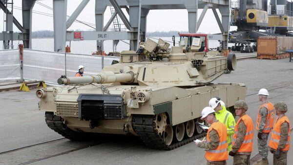 Tank Abrams,  Riga. 9.03.2015 - Sputnik Polska
