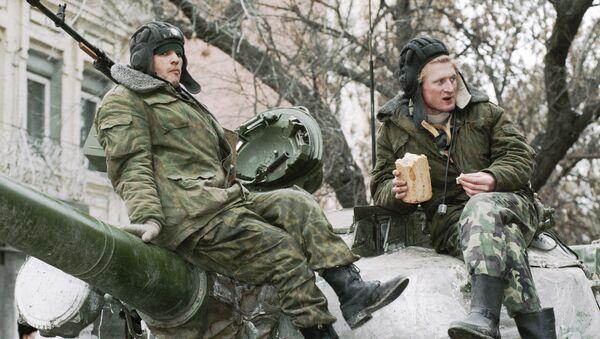 Rosyjscy żołnierze w Czeczenii - Sputnik Polska
