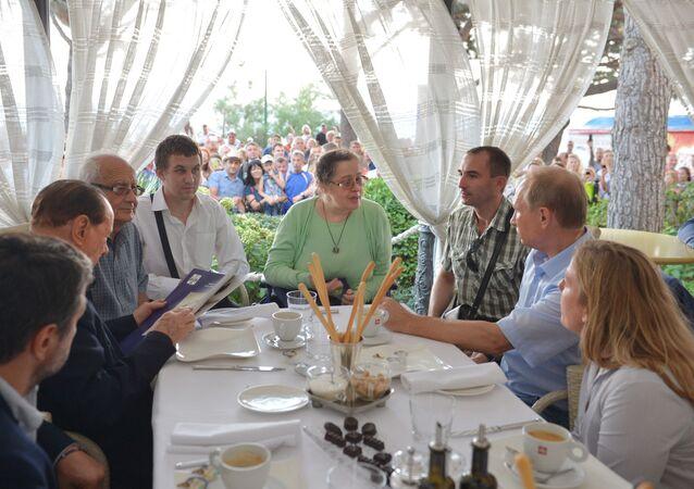 Spotkanie prezydenta Rosji Władimira Putina z przedstawicielami Stowarzyszenie Włochów w Kerczu