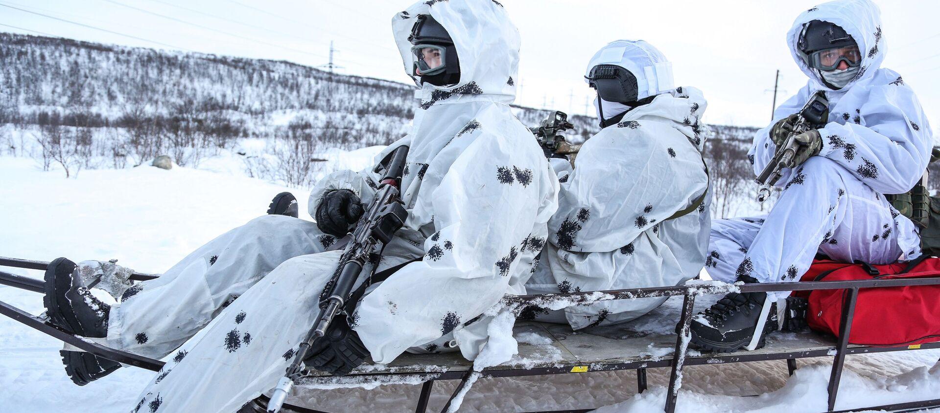 Rosgwardia zakończyła przygotowywanie personelu przed ćwiczeniami w Arktyce - Sputnik Polska, 1920, 17.05.2021