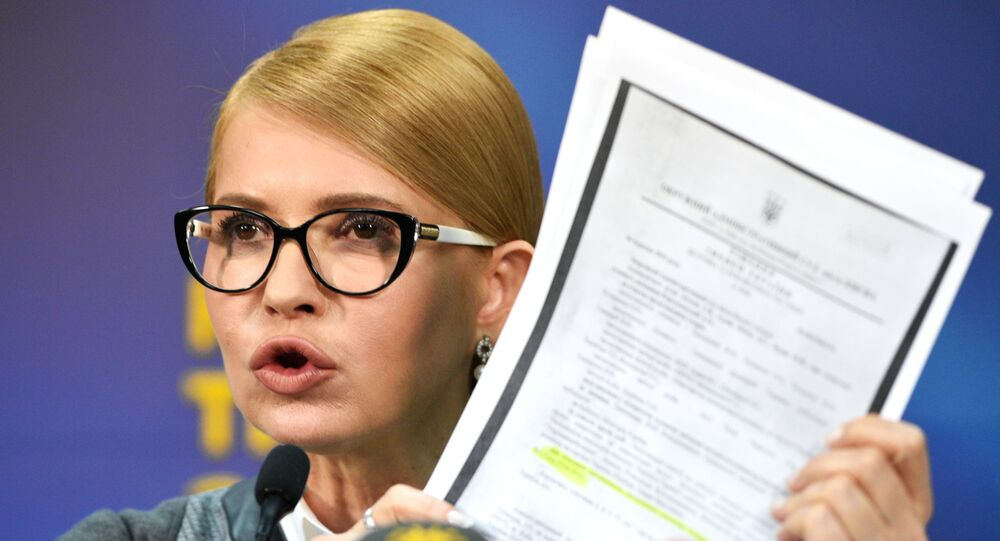 Lider partii Batkiwszczyna Julia Tymoszenko przemawia do wyborców w Kijowie