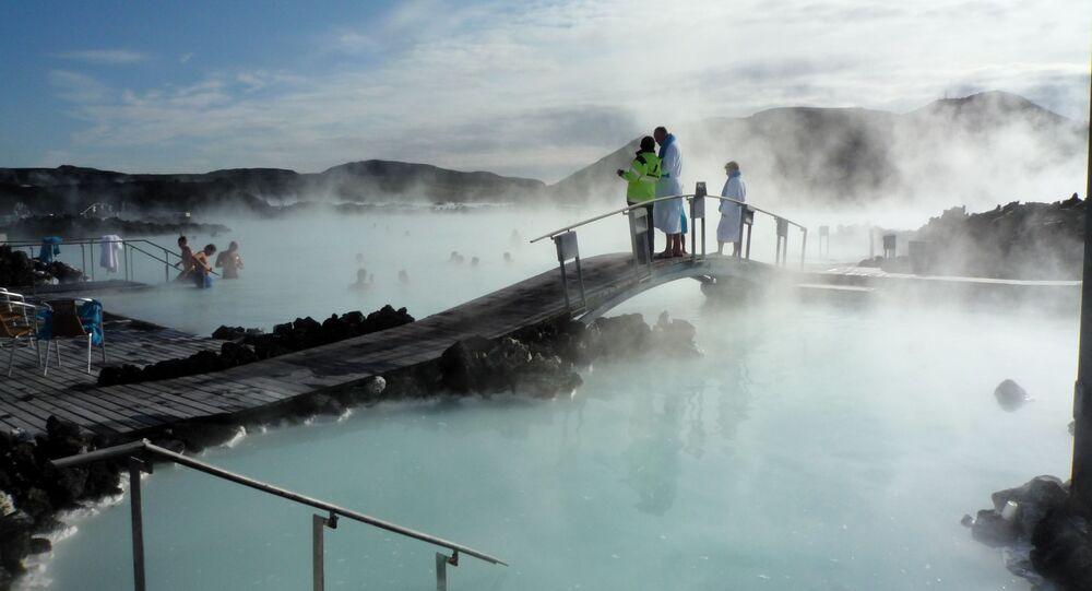 Błękitna Laguna Bláa Lónið w Islandii