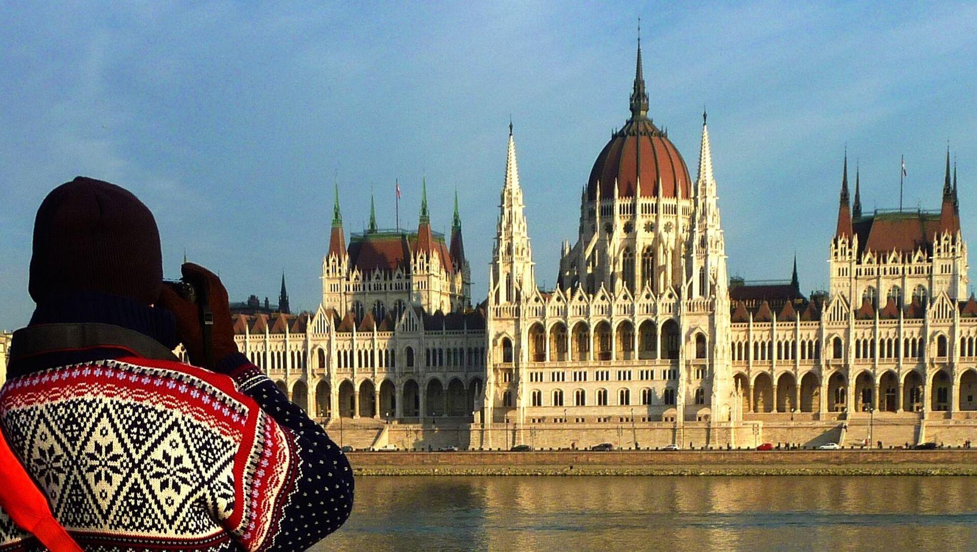 Budynek parlamentu w Budapeszcie - Sputnik Polska, 1920, 02.04.2021