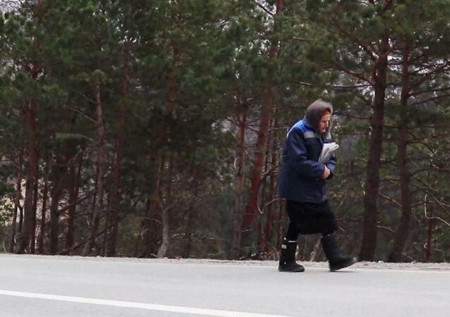 83-letnia listonoszka