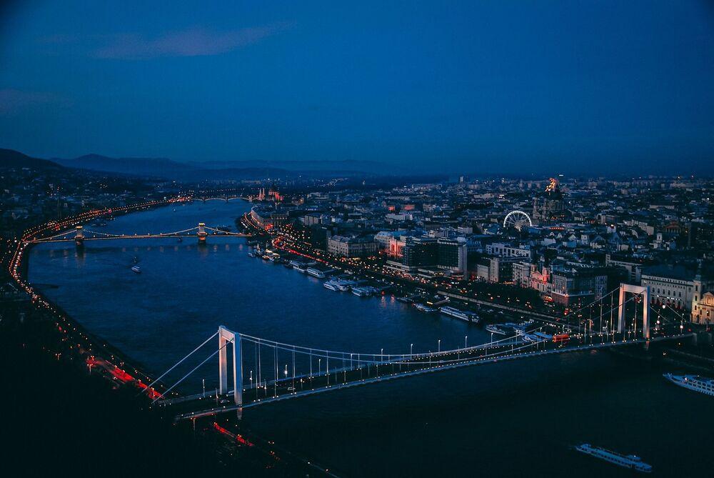 Rzeka Dunaj w Budapeszcie
