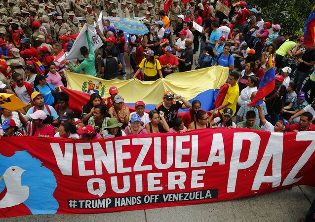 Zwolennicy Nicolasa Maduro, Caracas