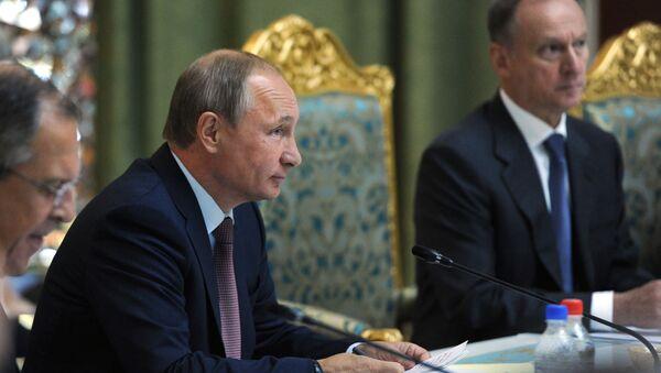 Prezydent Rosji Władimir Putin na szczycie OUBZ w Duszanbe - Sputnik Polska