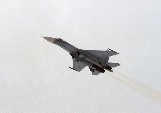 Radziecki myśliwiec przechwytujący Su-27