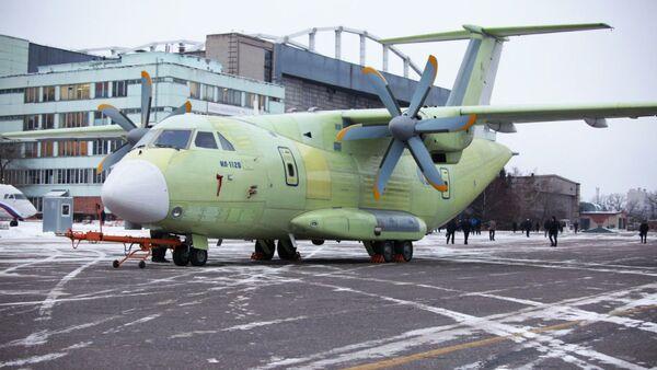 Ił-112W  - Sputnik Polska
