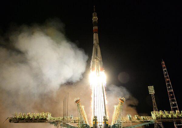 Start statku załogowego Sojuz MS-12 - Sputnik Polska