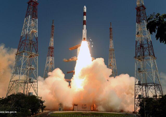 Wyprowadzenie na orbitę satelity rozpoznawczego EMISAT, Indie
