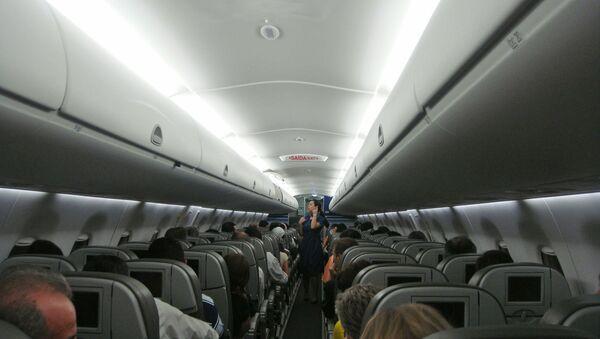 Wnętrze samolotu pasażerskiego - Sputnik Polska