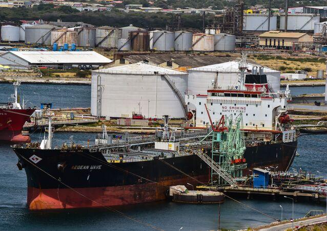 Tankowiec zakładu Isla wynajęty przez wenezuelskie przedsiębiorstwa PDVSA