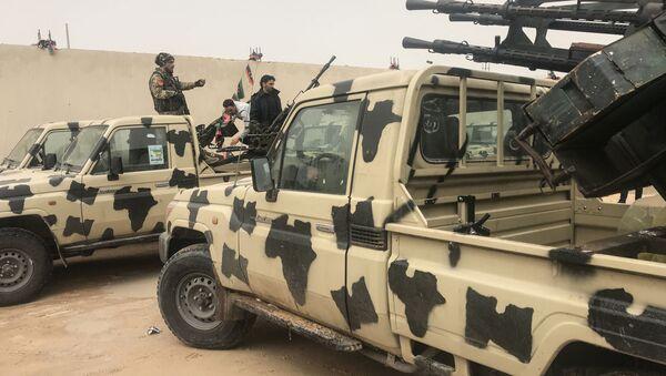 Transport przechwycony przez oddziały Khalifa Haftara w nadmorskim mieście Zawiya, na zachód od Trypolisu, Libia - Sputnik Polska