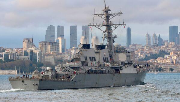 """Niszczyciel Marynarki Wojennej USA """"Ross"""" - Sputnik Polska"""