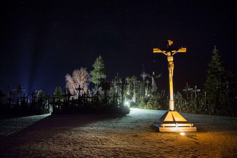 Góra Krzyży, Litwa