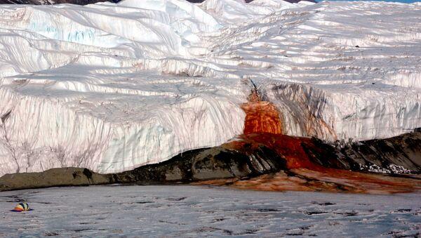 Krwawy wodospad, Antarktyda Wschodnia   - Sputnik Polska