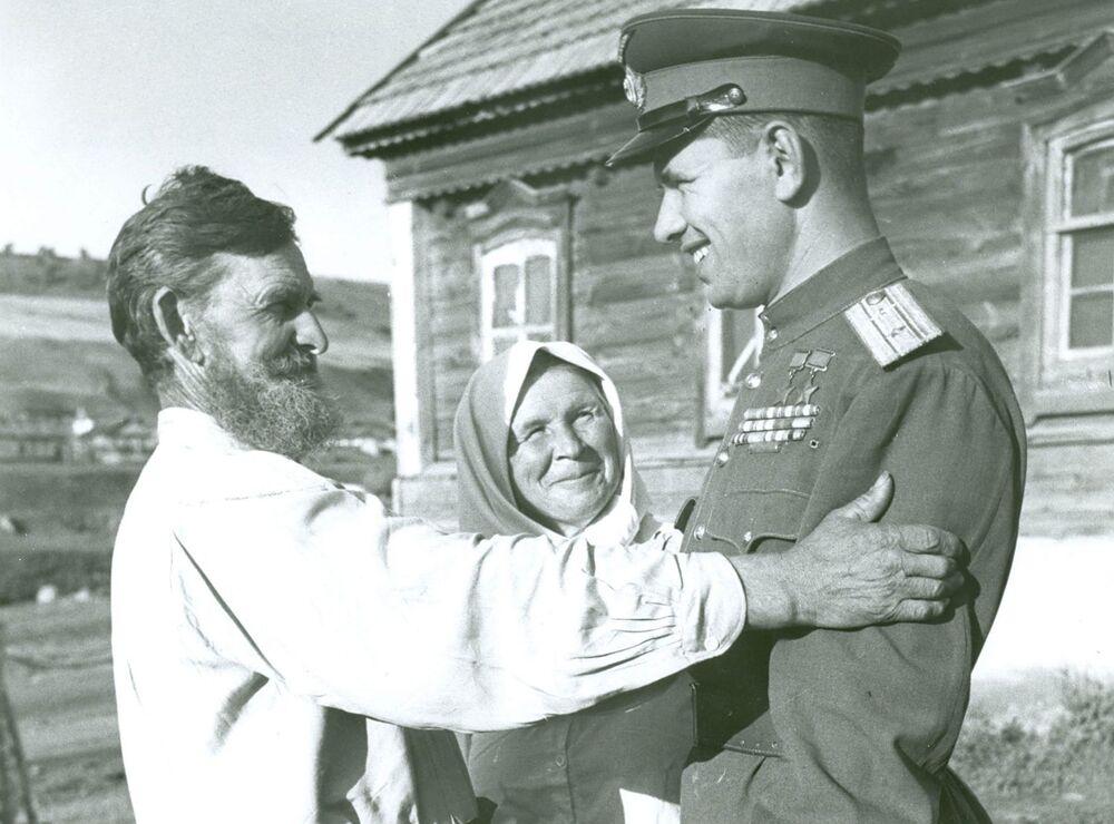Nikołaj Michajłowicz Skomorochow wrócil do rodzinnej wioski