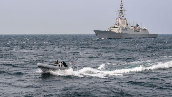 Niszczyciel Marynarki Wojennej USA USS Gravely - Sputnik Polska