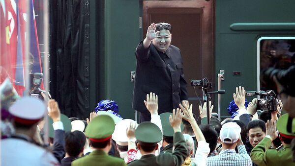 Kim Dzong Un podczas wizyty w Wietnamie - Sputnik Polska