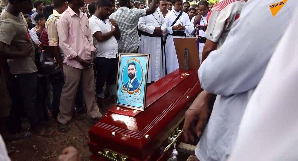 Pogrzeb pierwszych ofiar zamachów na Sri Lance