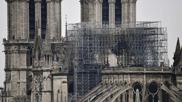 Notre Dame po pożarze - Sputnik Polska
