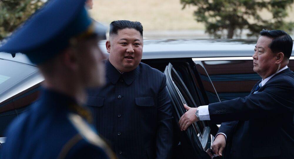 Lider KRLD Kim Dzong Un przybył na spotkanie z Władimirem Putinem w kampusie Federalnego Uniwersytetu Dalekowschodniego we Władywostoku