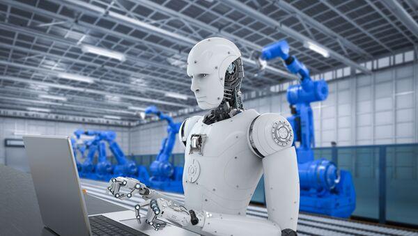 Robot pracujący za komputerem w zakładzie przyszłości - Sputnik Polska