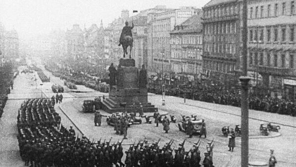 Wojsko Hitlera w Pradze w 1939 roku - Sputnik Polska