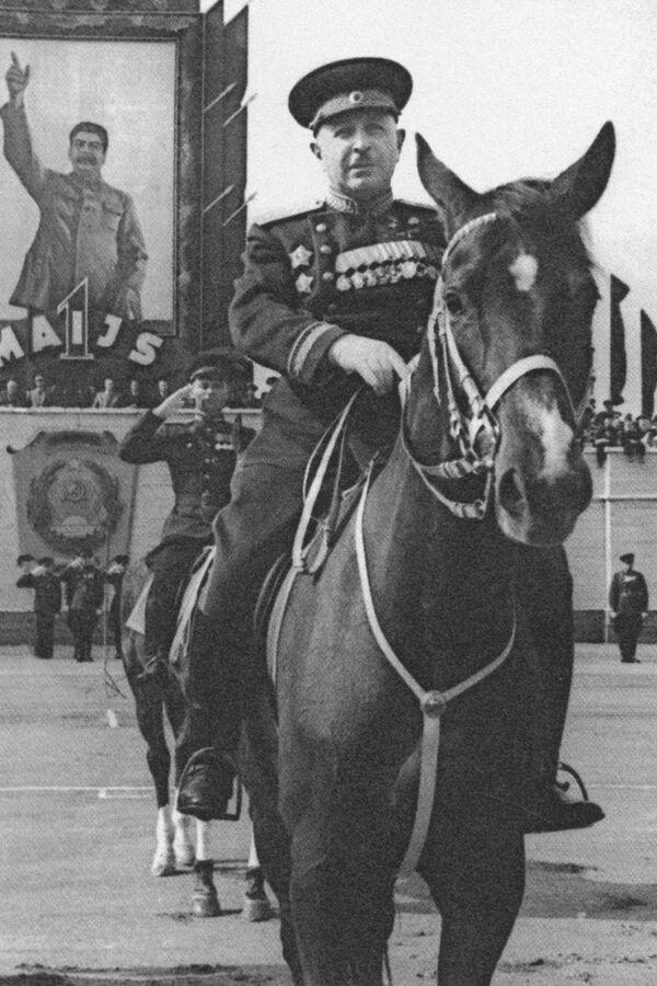 Iwan Bagramian, radziecki dowódca wojskowy, marszałek Związku Radzieckiego - Sputnik Polska