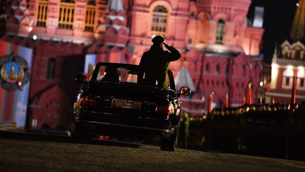 Kabriolet Aurus Senat na próbie defilady wojskowej na Placu Czerwonym w Moskwie poświęconej 74. rocznicy Zwycięstwa w Wielkiej Wojnie Ojczyźnianej - Sputnik Polska