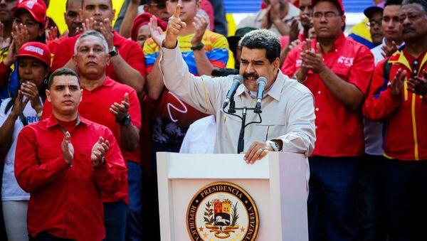 Prezydent Wenezueli Nicolas Maduro mówi w Caracas - Sputnik Polska