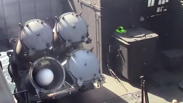 Screenshot z wideo startów pocisków Uran z korwety Stojkij na Morzu Bałtyckim - Sputnik Polska