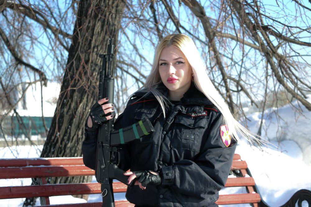 1 mejscie - Aspirant policji Anna Chramcowa z Jekaterynburga