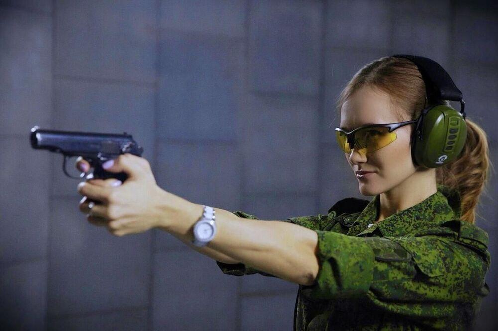 Kapral Olga Sizowa z Moskwy