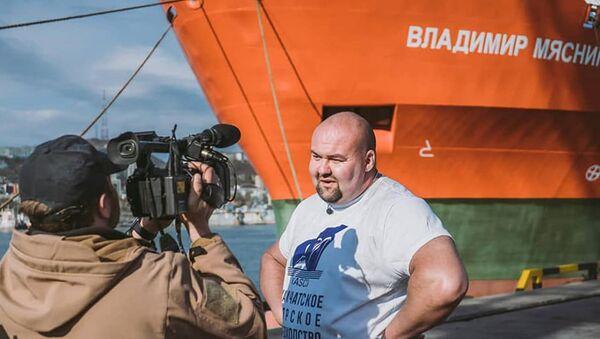 Rosyjski strongman Iwan Sawkin - Sputnik Polska
