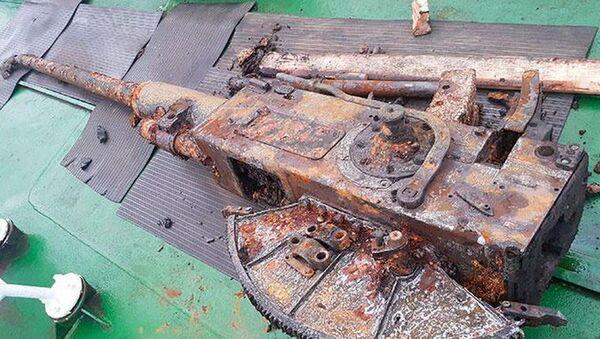 Broń wydobyta z zatopionego podczas II wojny światowej okrętu BO-224 - Sputnik Polska